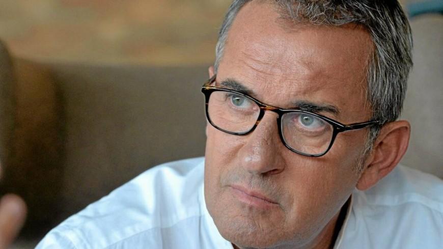 Christophe Dechavanne : mis à l'écart de TF1 parce qu'il est « vieux »