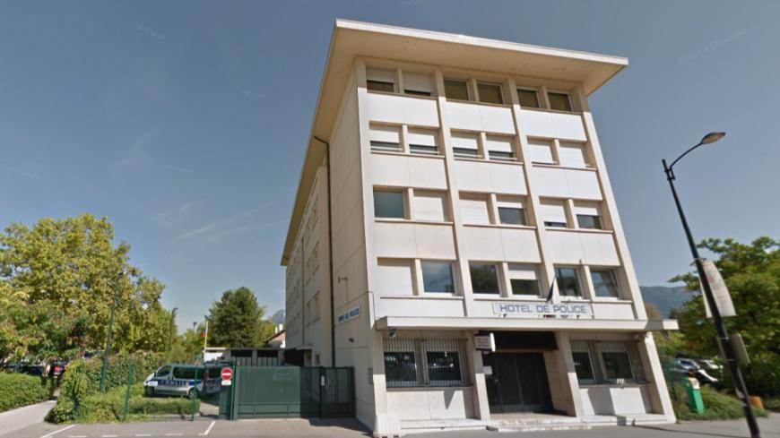 Annecy : un policier se suicide près du commissariat