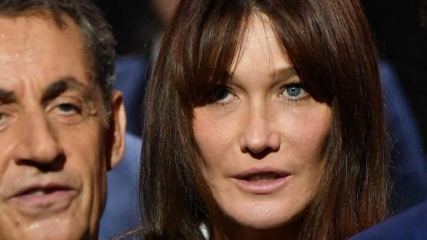 Carla Bruni : le pic envoyé à François Hollande et Julie Gayet