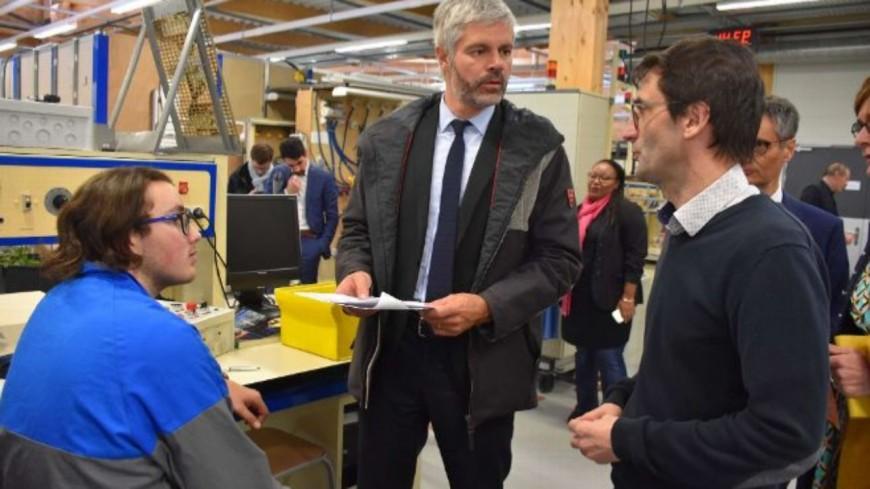 Issoire : Laurent Wauquiez inaugure les nouveaux ateliers du lycée Henri Sainte-Claire