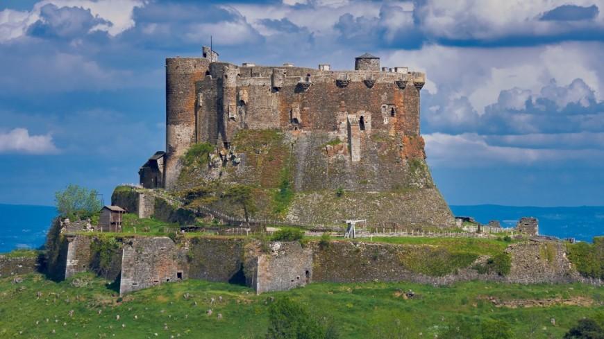 Zoom sur le Château de Murol !