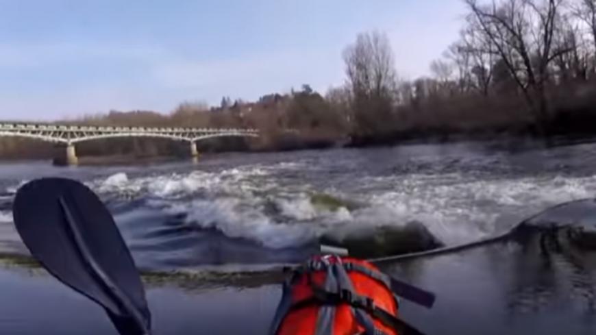 INSOLITE - Il parcourt 650 km en kayak depuis Vichy