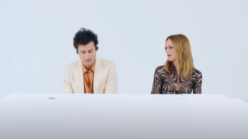 Adrien Gallo (BB Brunes) s'offre deux duos avec Vanessa Paradis (vidéo)