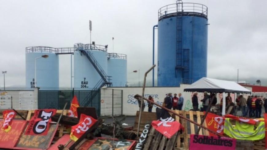 Cournon d'Auvergne : Les agriculteurs lèvent le camp du dépôt de carburant