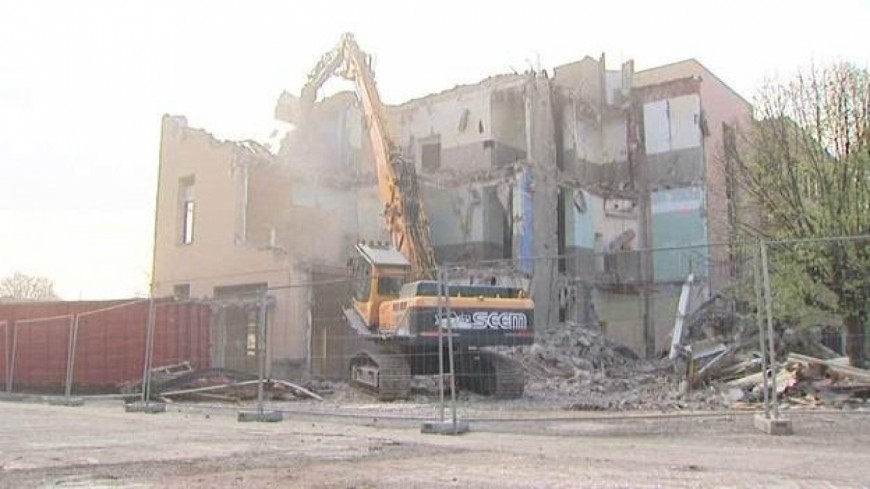 L'Hôtel-Dieu de Clermont-Ferrand détruit
