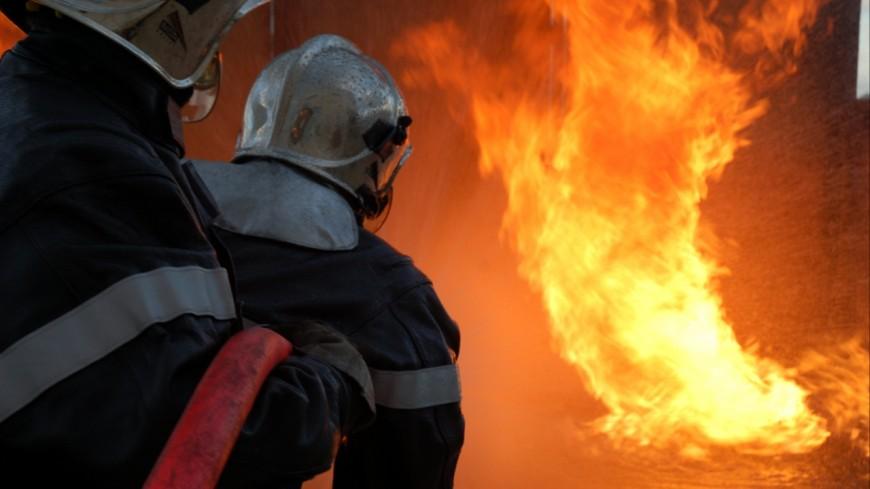 Clermont-Ferrand : 20.000 m3 de paille prennent feu
