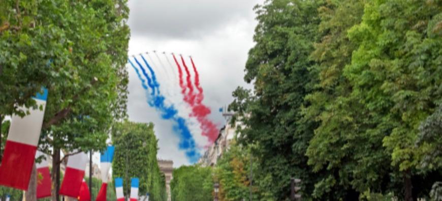 Défilé du 14 Juillet à Paris : 28e Régiment de Transmissions d'Issoire à l'honneur